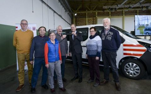 Neuer Bürgerbus an unseren Bürgerhilfeverein übergeben